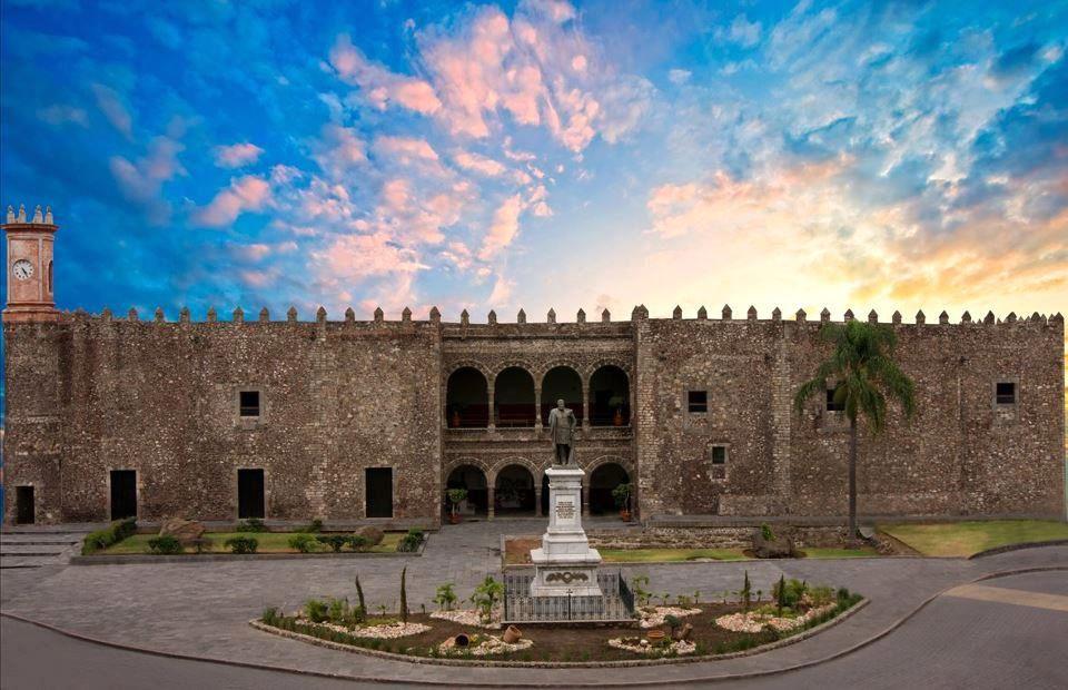 3 plazas en México, Cuernavaca, Morelos o Guadalajara