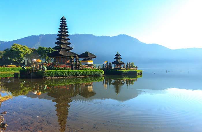 2 voluntarios para Indonesia (diferentes ciudades)